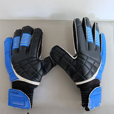 Sports Soccer Gloves Professional Goalkeeper Gloves with Care