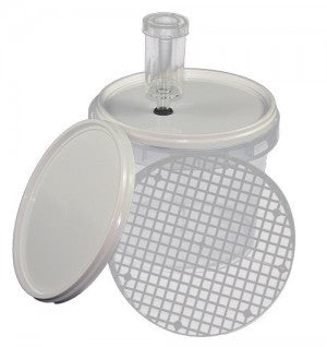 2.2 litre Fermentation Pail with Grate, Lids and Airlock