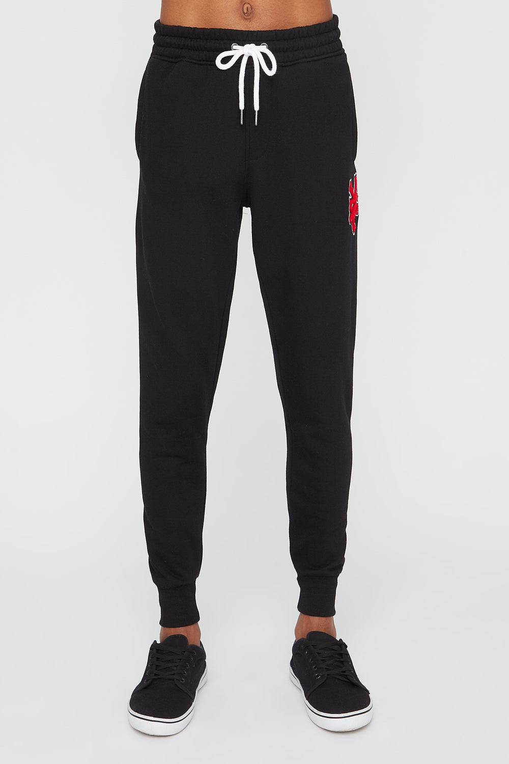 Zoo York Mens Chenille Patch Logo Joggers Black