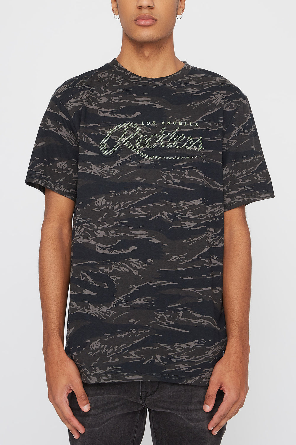 Young & Reckless Mens Camo & Neon T-Shirt Black