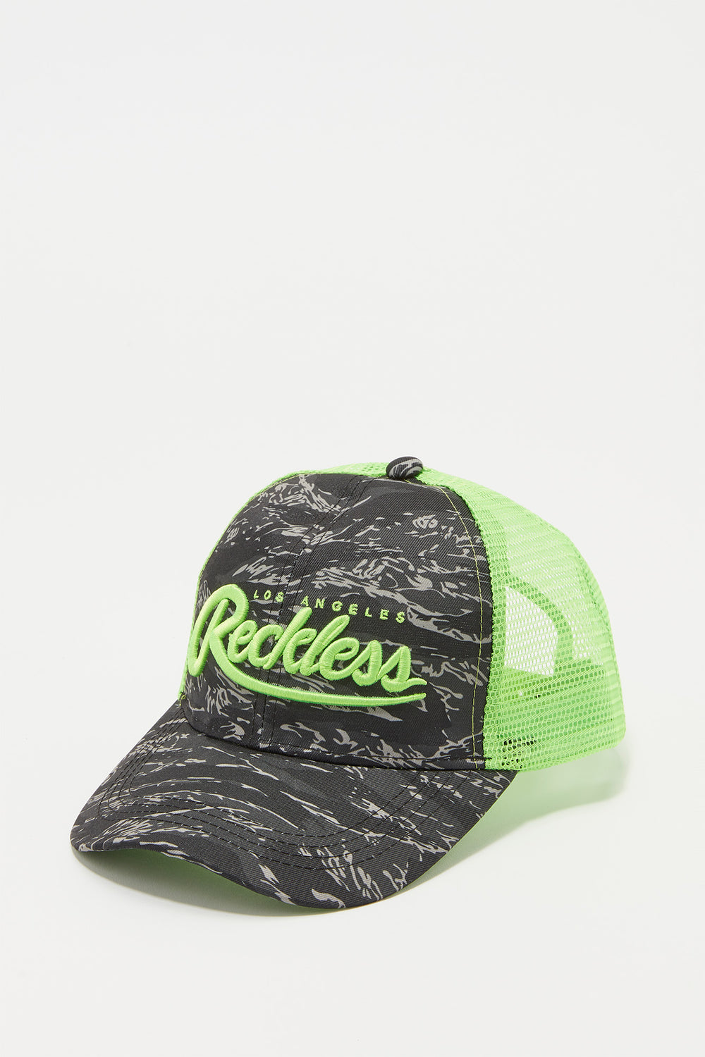 Young & Reckless Mens Camo And Neon Trucker Hat Green