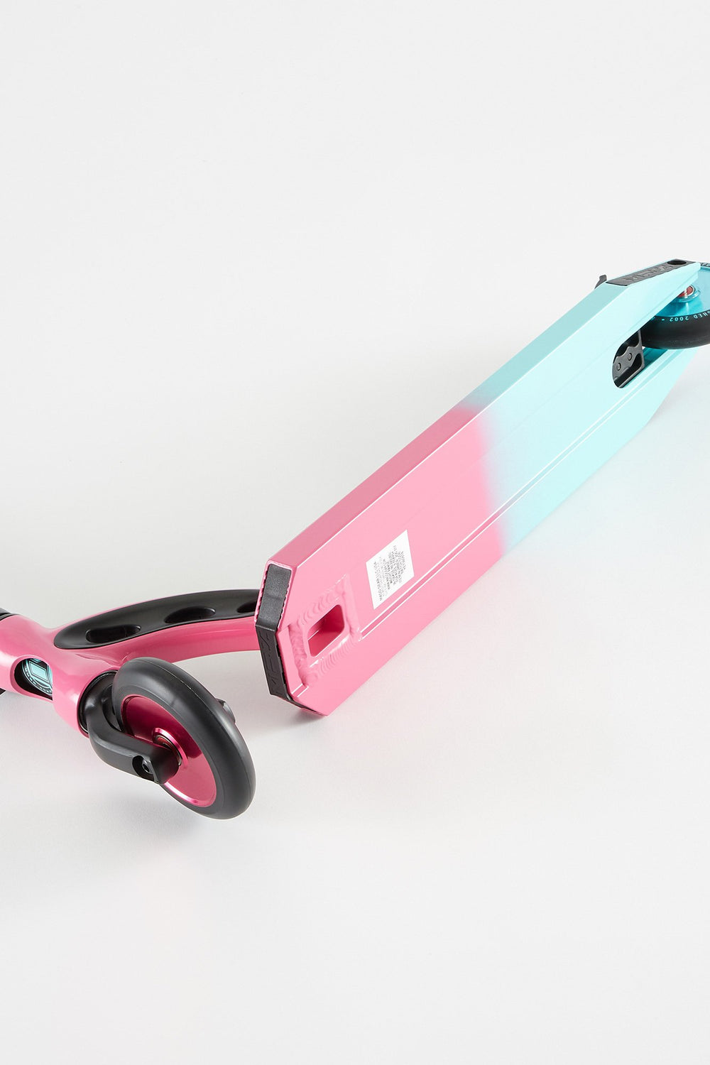 Madd Gear VX8 Pro Scooter - Pink/Teal Pink