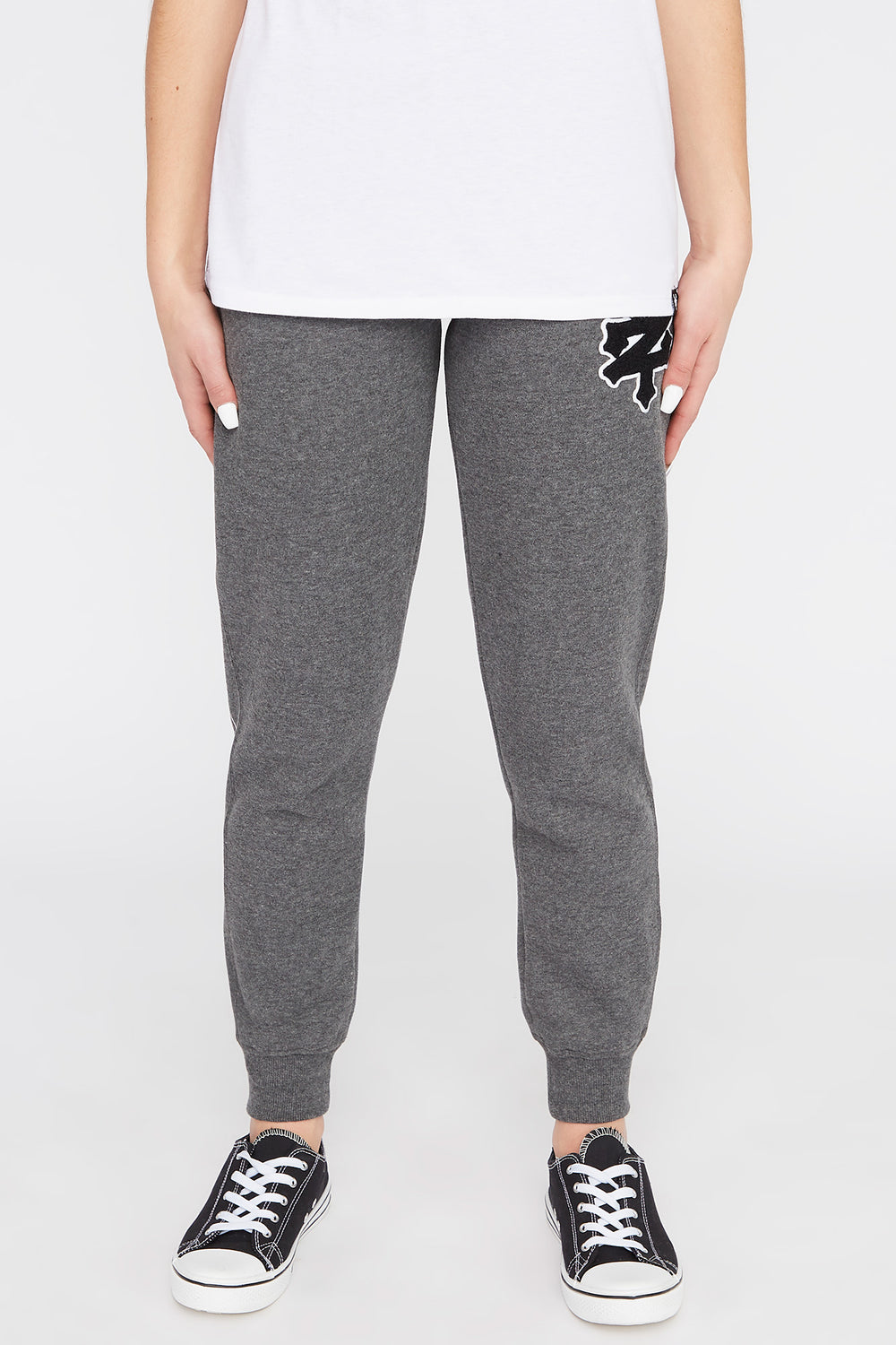 Zoo York Womens Chenille Patch Logo Joggers Charcoal
