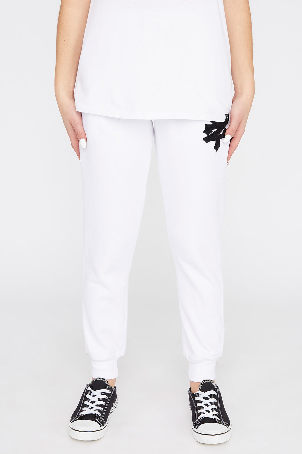 Zoo York Womens Chenille Patch Logo Joggers White