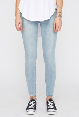 Zoo York Womens Light Wash 3-Tier Curvy Jeans