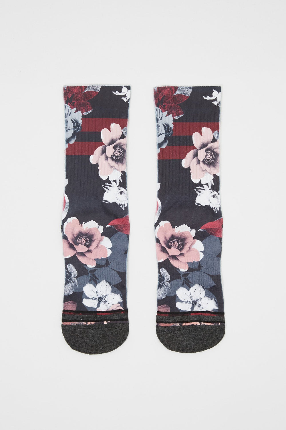 Zoo York Womens Sublimated Floral Print Crew Socks Multi