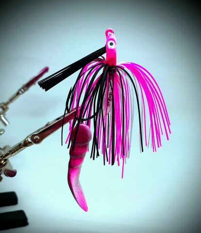 Smashed Head  Waggerbait™ swim jig - Pink / White - The Ugly Pike Bait Co.