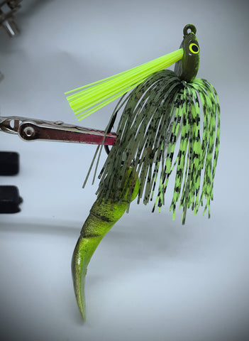 Smashed Head  Waggerbait™ swim jig - Chartreuse Craw - The Ugly Pike Bait Co.
