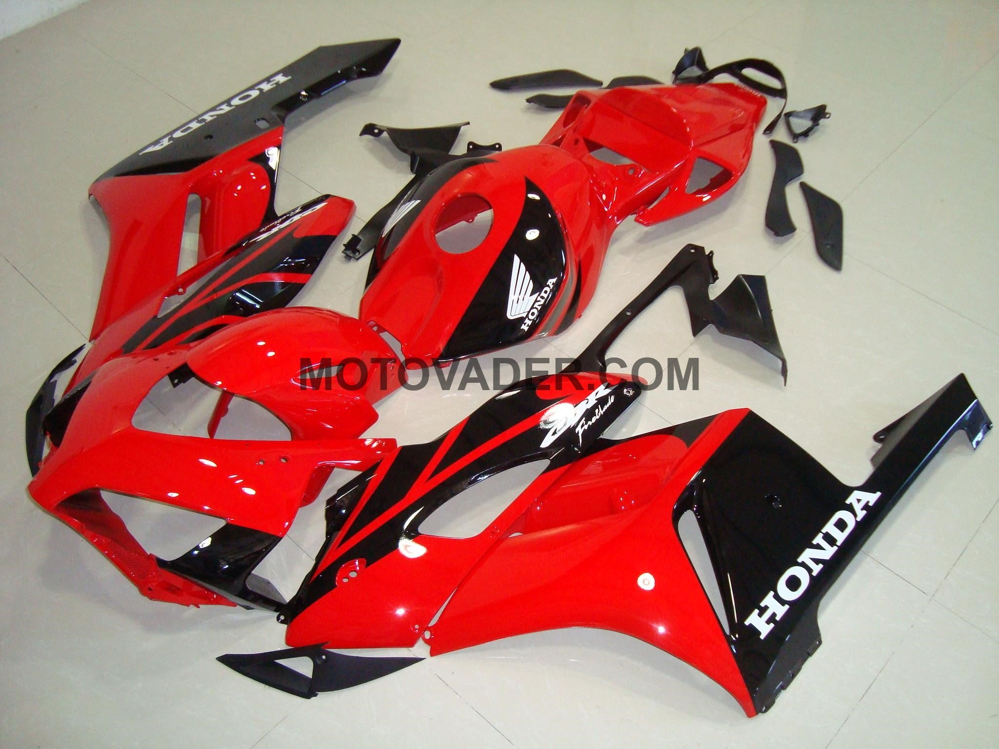 Honda CBR 1000RR 2004-2005 Red & Black Fairing