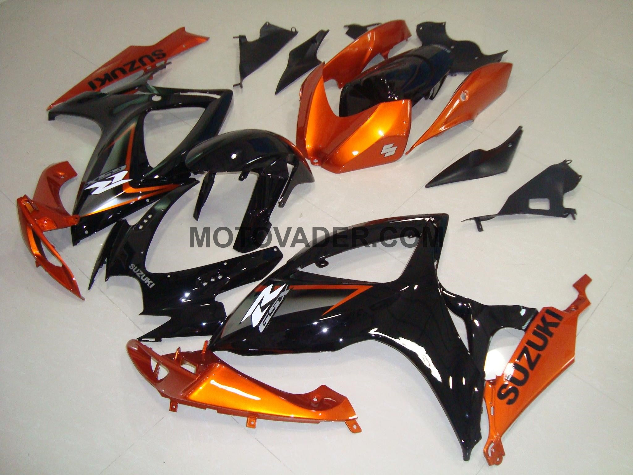Suzuki GSXR 750 2006-2007 Gloss Black & Orange Fairing