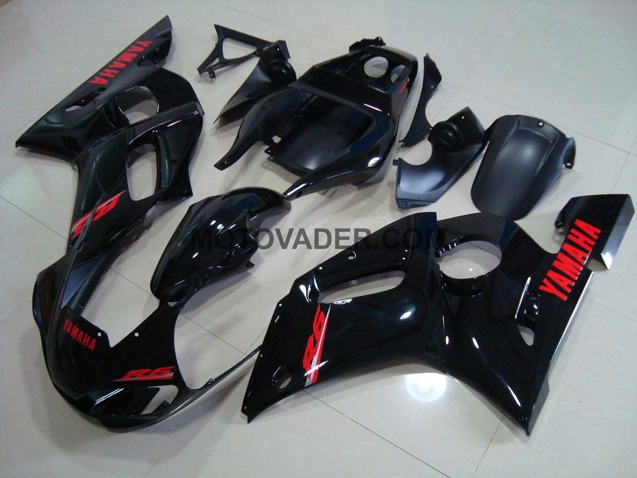 Yamaha R6 1999-2002 Gloss Black &Red Decals Fairing