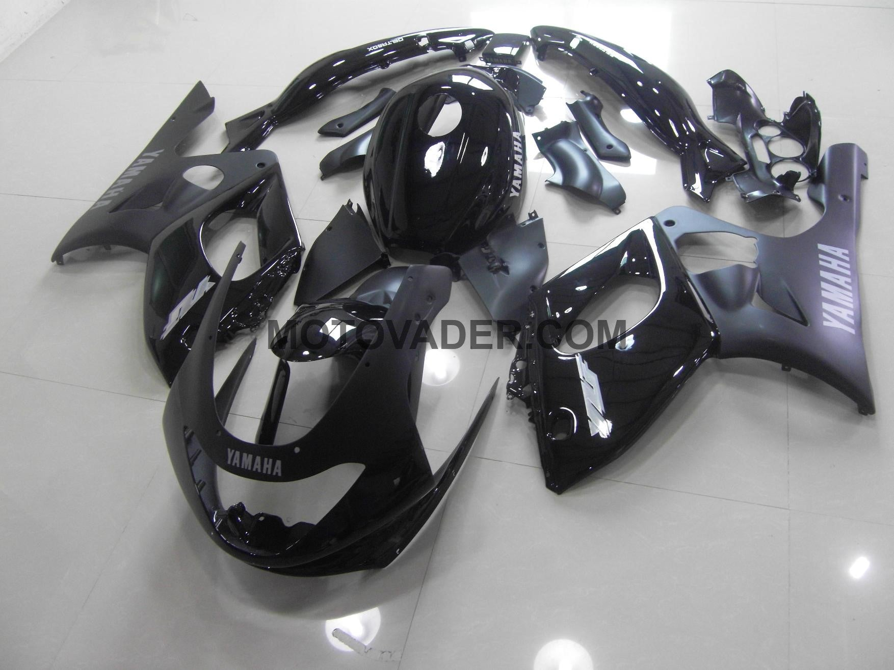 Yamaha YZF 600R 1999-2007 Matt &Gloss Black  Fairing