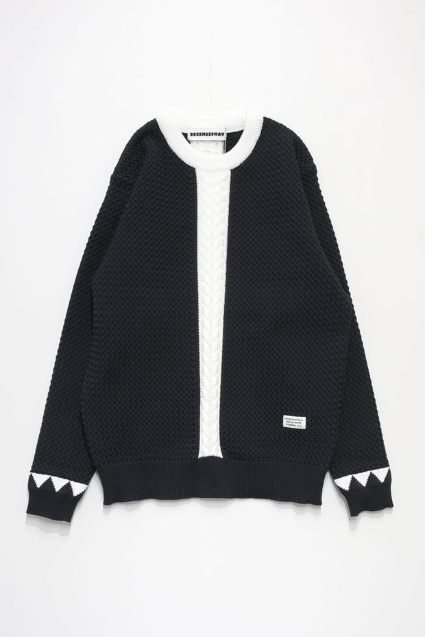 Stand out Cable Knit