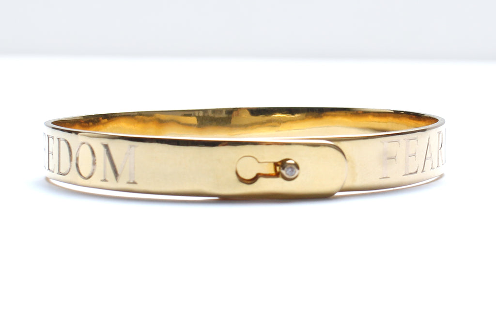 14 Karat Gold Diamond Engraved Heart Bangle