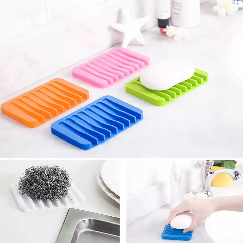 Home Bathroom Anti-Slip Silicone Draining Soap Holder Storage Tray Dish Plate Hollow design can drain thewater keep the soap dry