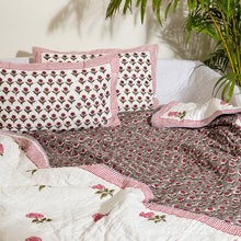 Load image into Gallery viewer, Floral Buti Double Bed Jaipuri Reversible Quilt Set