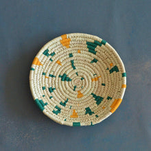 Load image into Gallery viewer, Terrazzo Inspired Sabai Handwoven Grass Basket