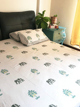 Load image into Gallery viewer, Elephant and Palm Tree Bedsheet and Reversible Dohar Set