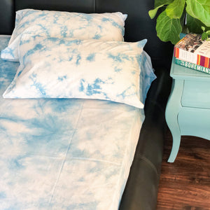 sky blue print double bed bedsheet