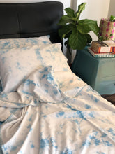 Load image into Gallery viewer, Sky Tie Dye Double Bed Dohar