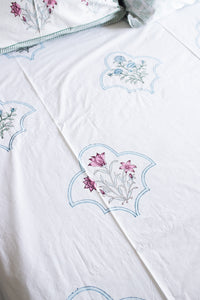 Multifloral Mesh Double Bed Bedsheet