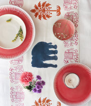 Load image into Gallery viewer, Pink Elle Blockprint Cotton Table Runner