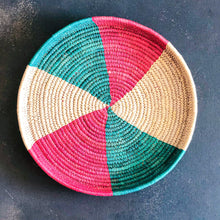 Load image into Gallery viewer, Red & Green Sabai Handwoven Grass Tray