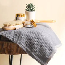 Load image into Gallery viewer, grey ombre bath towels