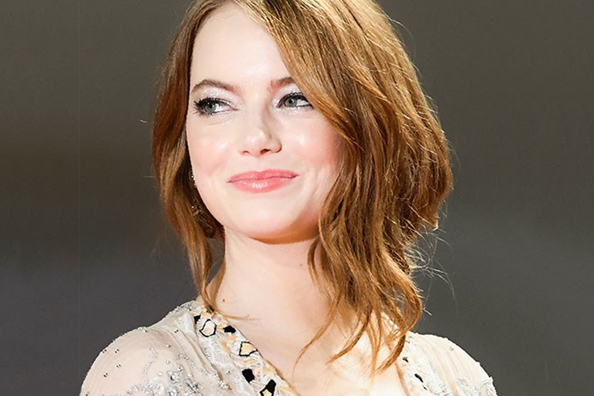 The Exact Products Behind Emma Stone's Uber Glowing Skin at the Venice Film Festival