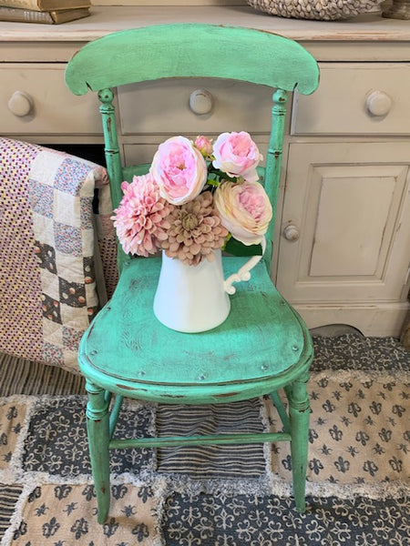 Small Kitchen/Bathroom Chair in Julep Milk Paint