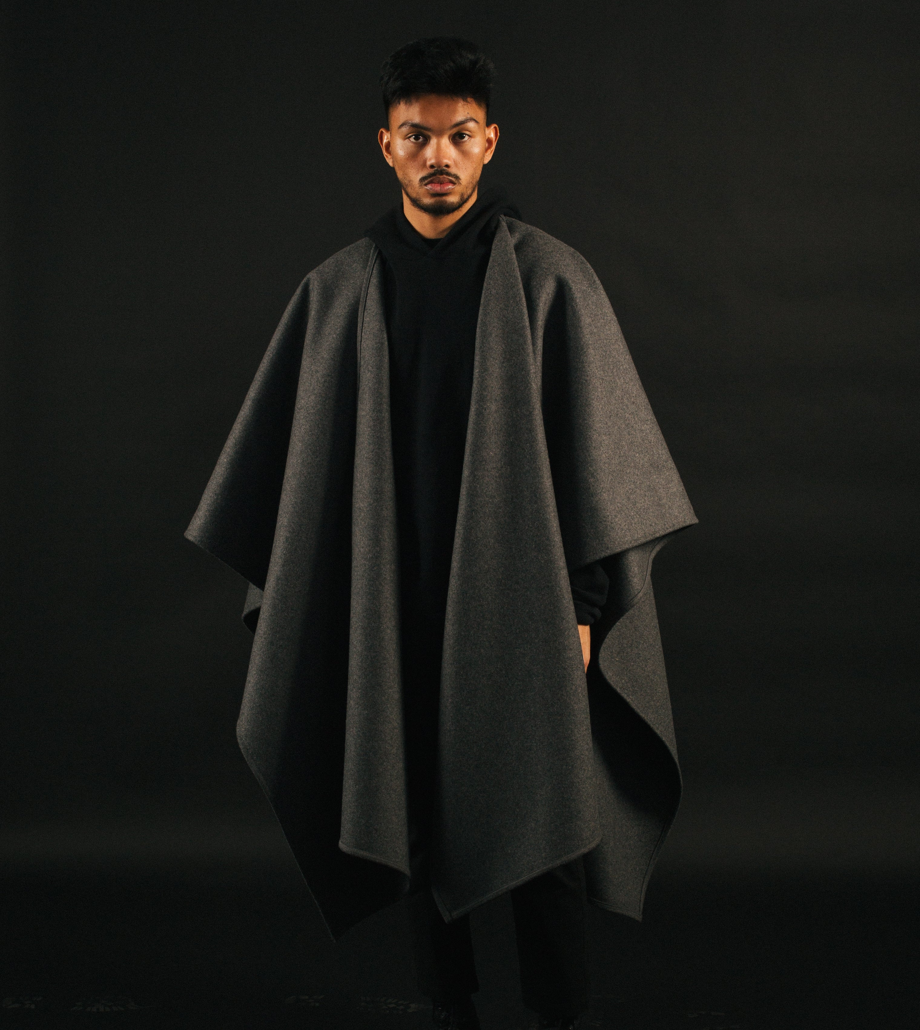 Mistohn Midnight Drape Cape