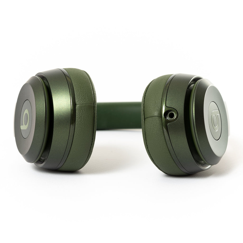 Beats by Dre Beats Solo 2 Wired (Hunter Green) - Mac-Warehouse