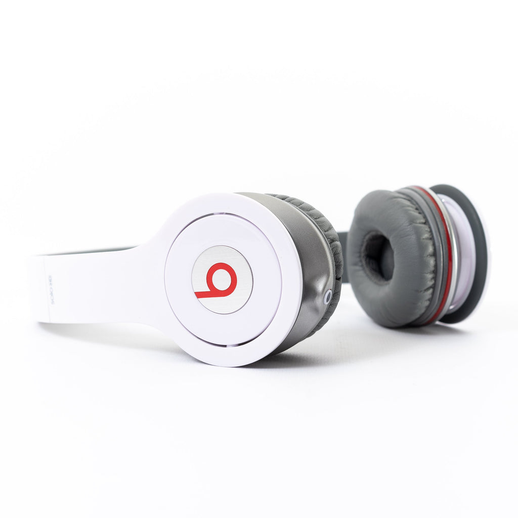 Beats by Dr Dre Beats Solo HD Wired (White) - Mac-Warehouse