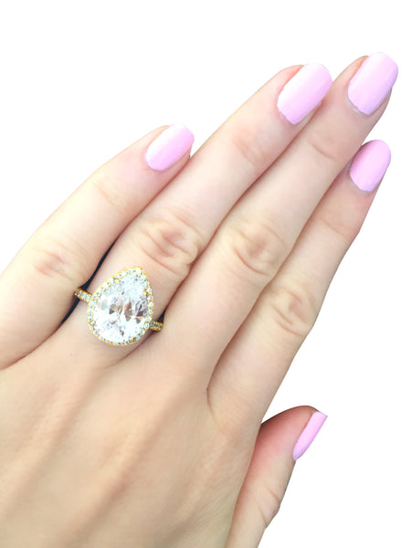 18 KGP 4 Carat Clear Pear Shaped Ring