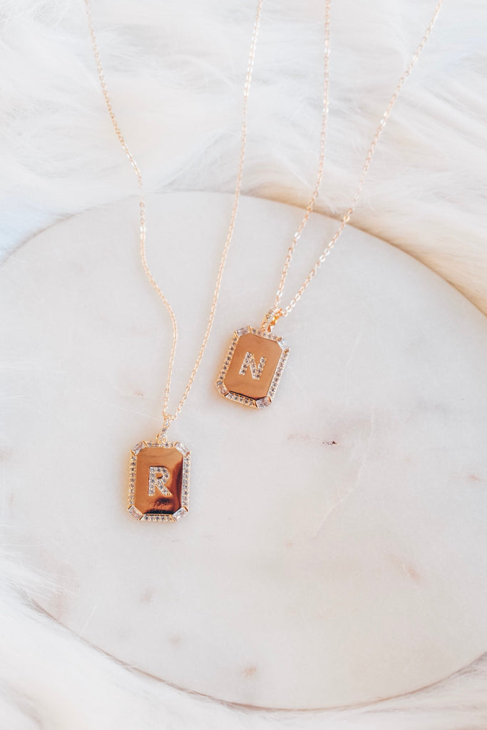 Luxe Initial Plate Necklace- Gold