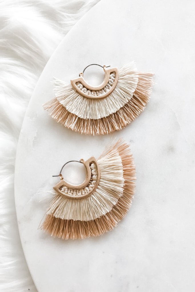 Having Fun Earrings - Cream