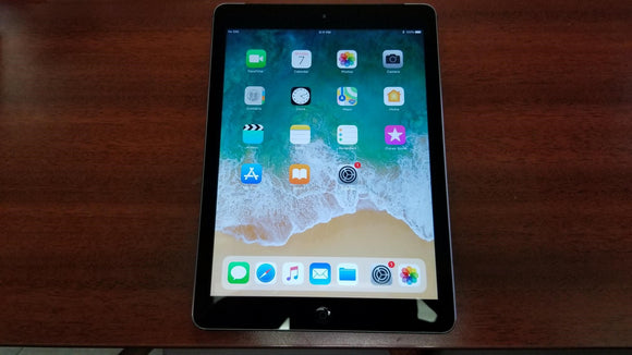 Apple iPad Air 1st Gen 16GB, Wi-Fi + Data, Space Grey - Good Condition