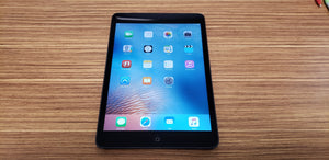 Apple iPad Mini 1st Gen 16GB, Wi-Fi Only, Black & Slate - Very Good Condition
