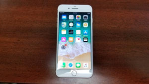 Apple iPhone 8 Plus A1897 256GB - Gold - (Unlocked) Good Condition
