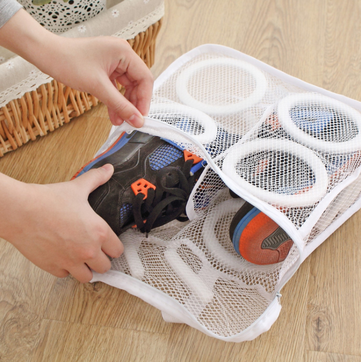 Dedicated Shoe Washing Bag