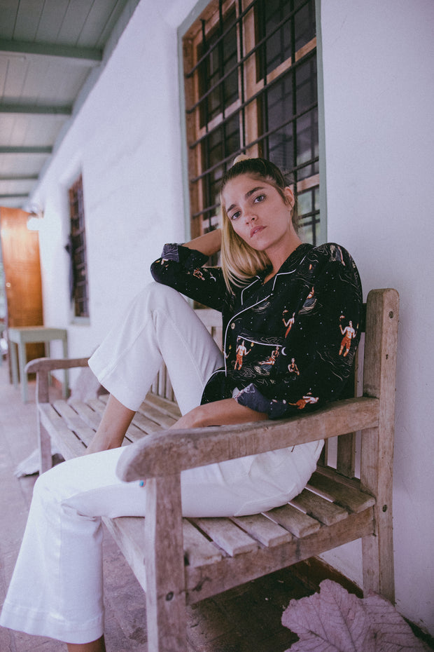 The ultimate blend of luxury pajamas and high fashion tropical shirts. Perfect for comfort. Perfect for a night out. Check out Tombolo's midnight snack print.