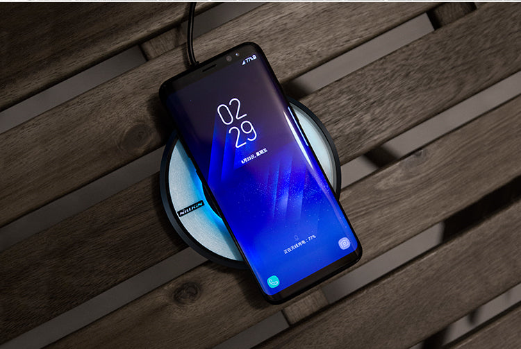 Nillkin Magic Disk Illuminating LED High Speed Wireless Smartphone Charger for Apple, Samsung and Other QI-Enabled Devices