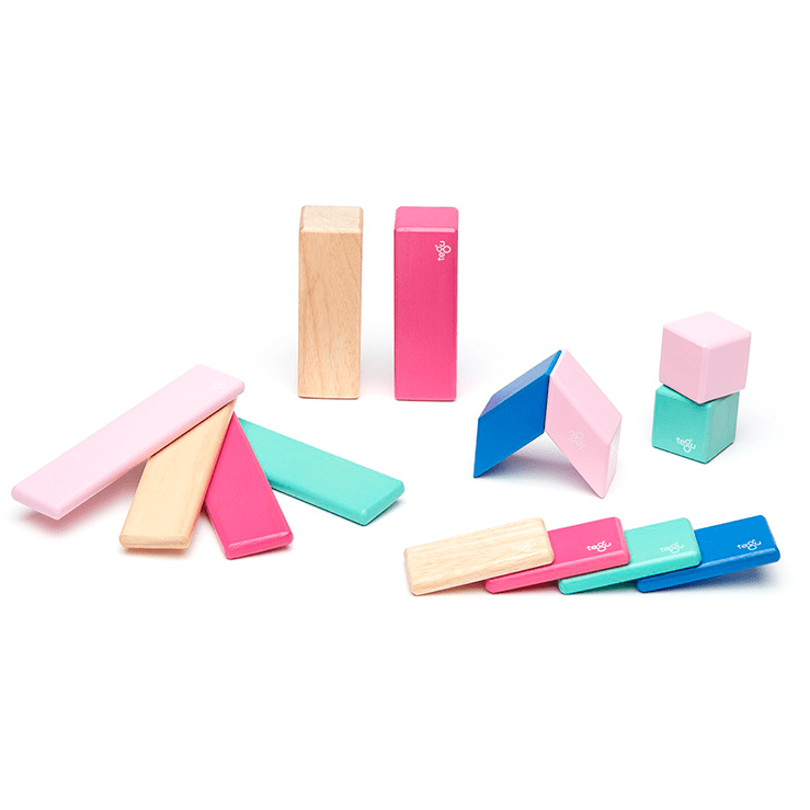 14 Piece Magnetic Wooden Block Set: Blossom