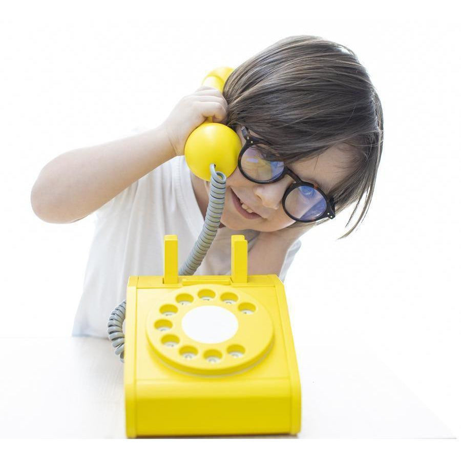 Retro Play Telephone