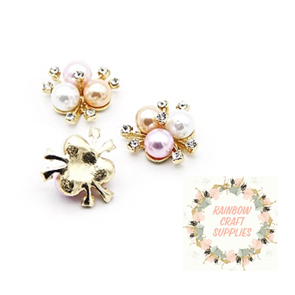 Pinky  peach and pearl coloured pearl & rhinestone embellishment