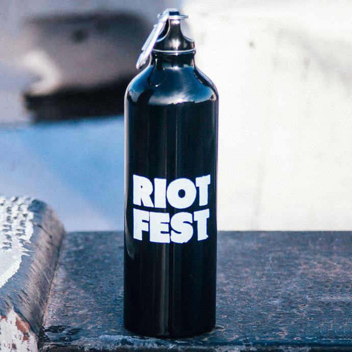 BLACK METAL WATER BOTTLE