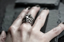 Spiky Rib Cage Ring