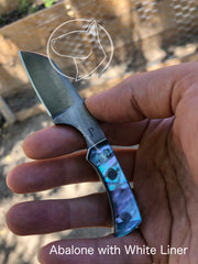 Mini Gar Neck Knife - Queen Series