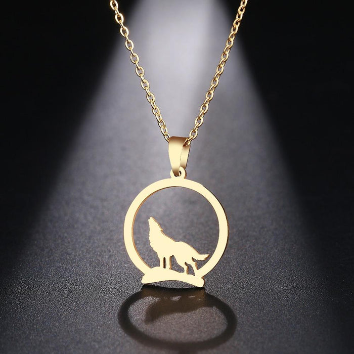 Pendentif loup or hurlant femme