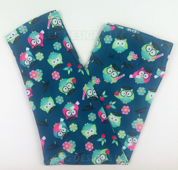 GRADUATION OWLS - YOGA - CAPRI LENGTH CUSTOM LEGGINGS